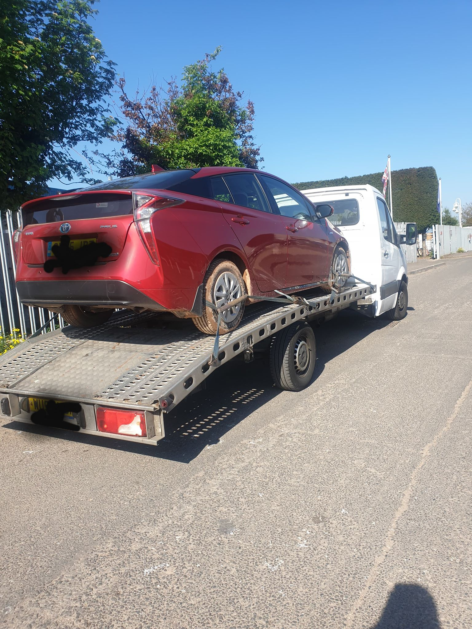 Car Breakdown Recovery and Towing Service