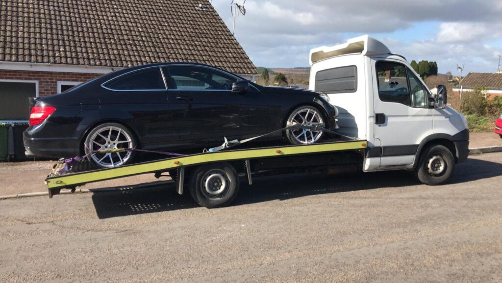 Car Breakdown Recovery And Towing Services in Rainham, RM13