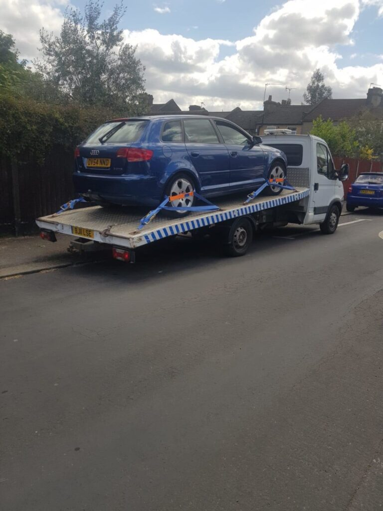 Car Breakdown Recovery and Towing Service in Battersea, South Lambeth, Vaxhall, Nine Elms SW8