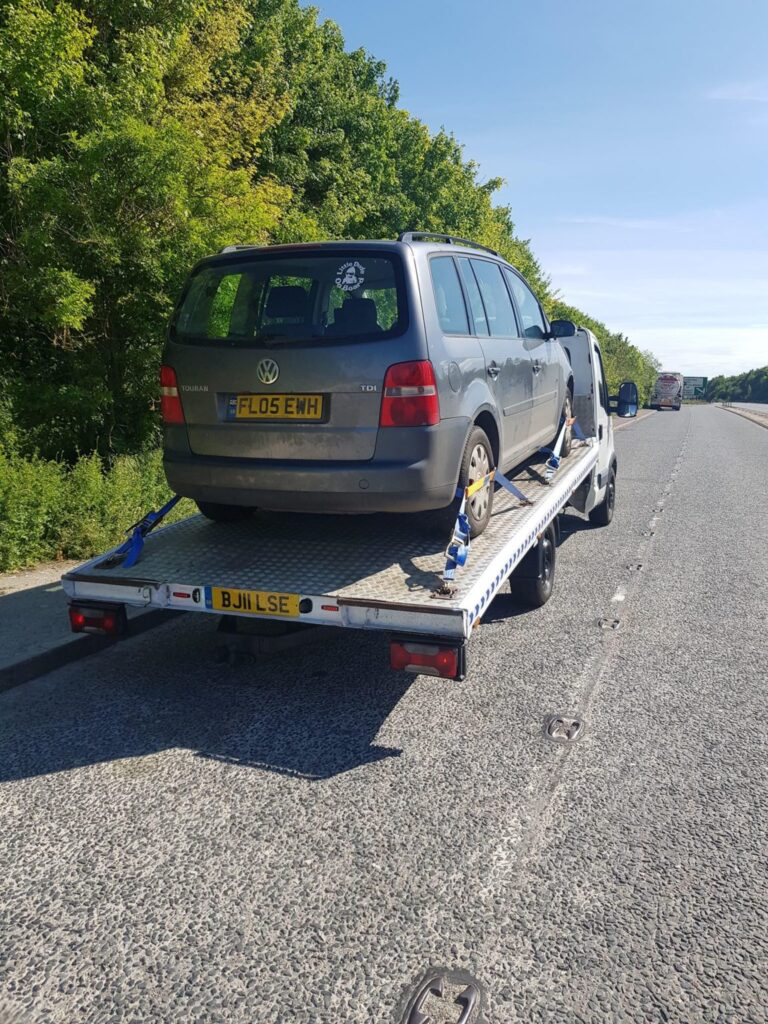 Car Breakdown Recovery and Towing Service in Golders Green NW11