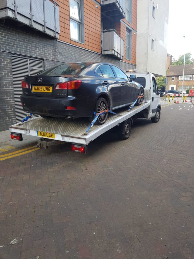 Car Recovery and Towing Services in Kensington W8