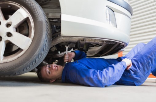 HOW TO MAINTAIN YOUR CAR'S BRAKE SYSTEM
